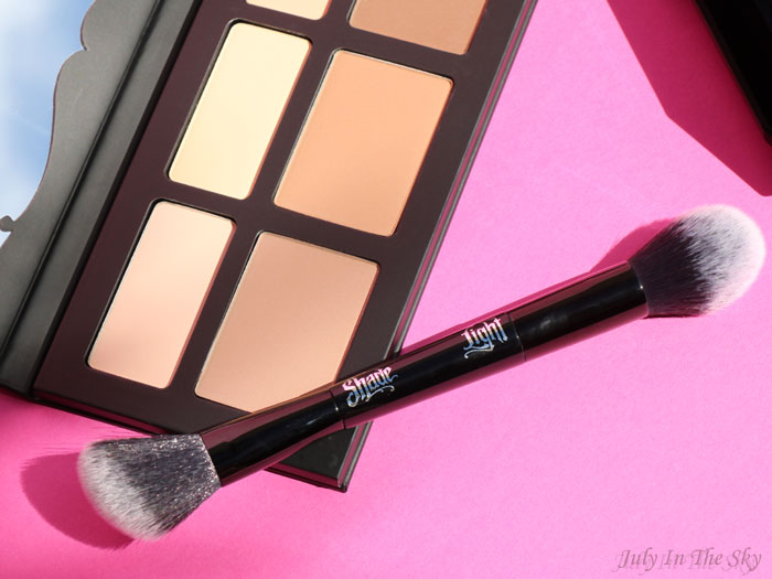blog beauté kat von d shade + light contour palette brush