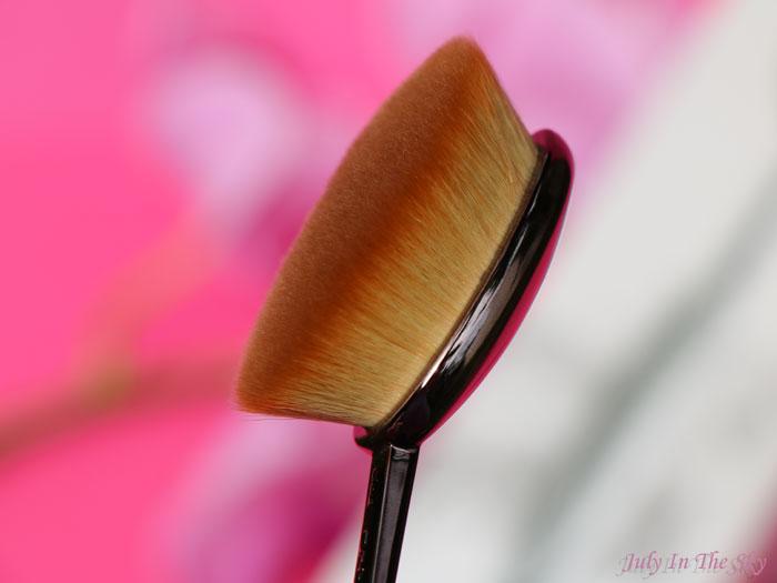 blog beauté Artis Oval 7 Brush